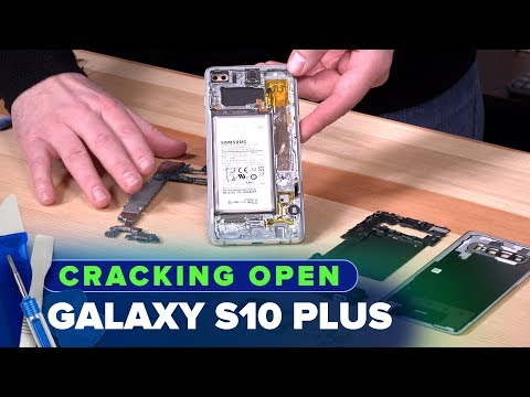 Cracking Open the Galaxy S10 Plus