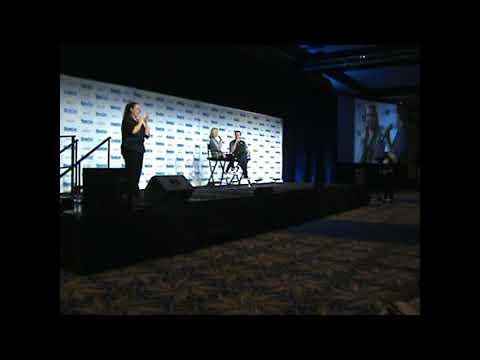 Katie  Cassiby Arrow's Panel Megacon Tampa Bay 2017
