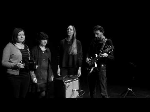 The Furrow Collective - Chuir M'Athair Mise dhan Taigh Charraideach