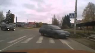 Нелепые ситуации и глупые аварии