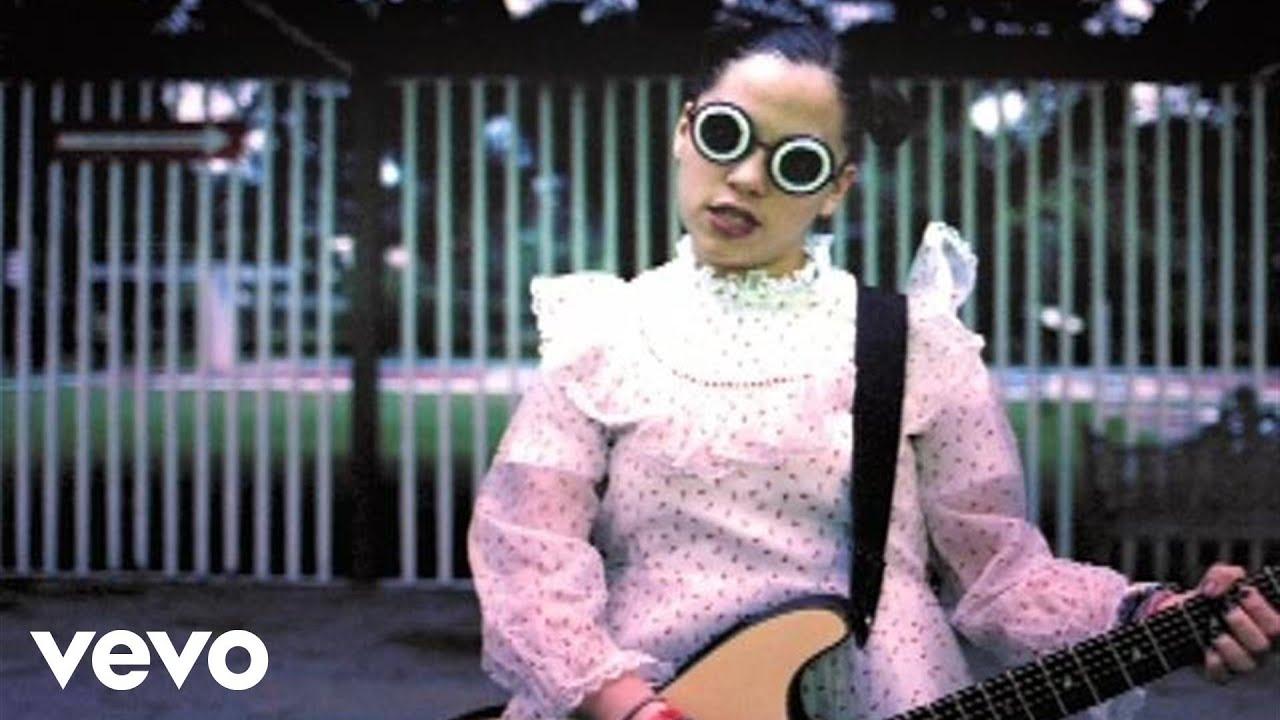 Natalia Lafourcade - En el 2000 ((2da Version) (Video))