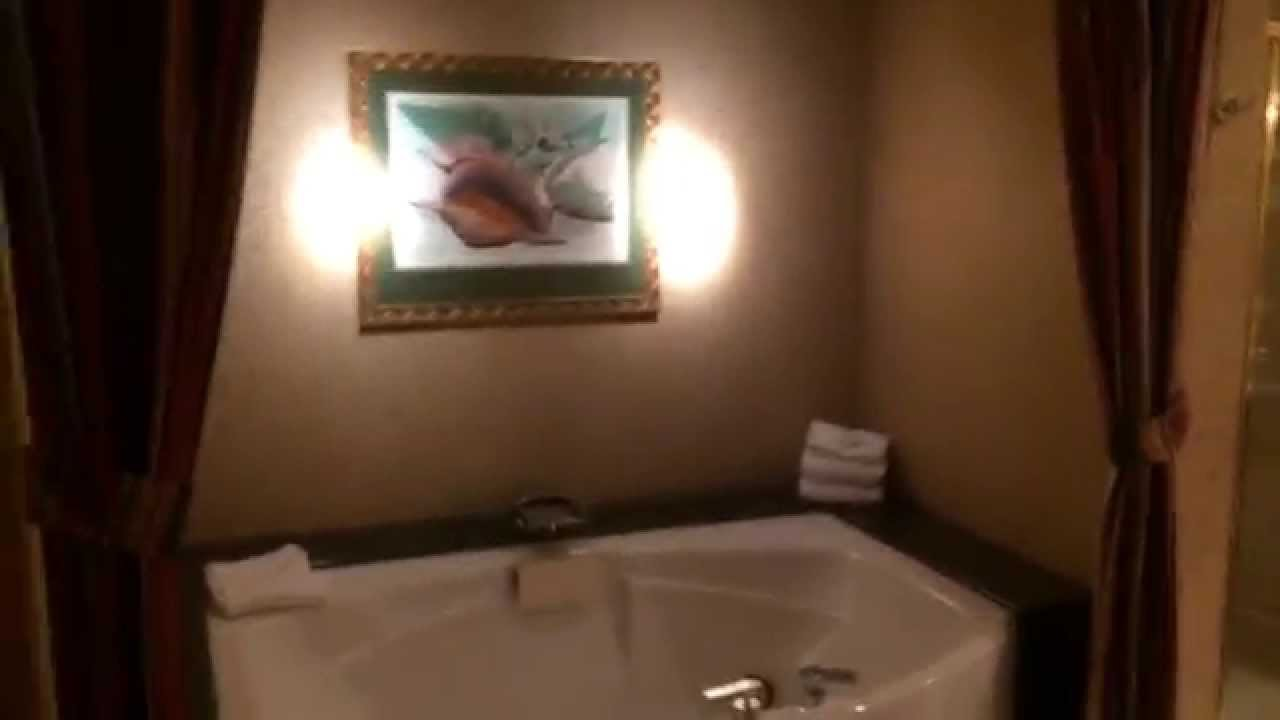 Big Kahuna Suite at the RIO - YouTube