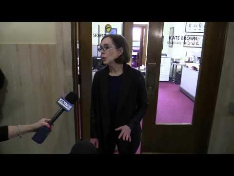Kate Brown addresses media after Kitzhaber's resignation