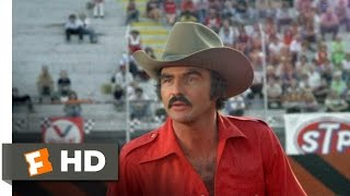 Smokey and the Bandit (9/10) Movie CLIP - The Snowman Is Comin