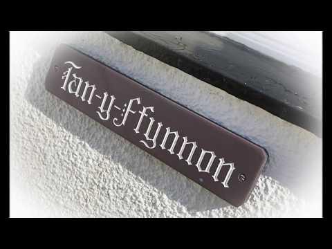 Tan-y-Ffynnon: A Holiday Cottage With Fantastc Views, At Llithfaen, Near Nefyn