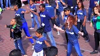 SizeMob app's Flashmob dance video