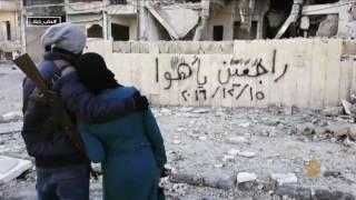 أهالي حلب يرسمون على جدرانها حلم عودتهم