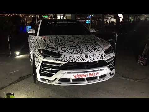2018 Lamborghini Urus spray painted graffiti walk around