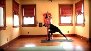 йога для начинающих - Бикрам йога Йога Вдохновленный класса с Мэгги час