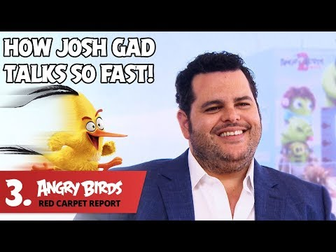 josh-gad-tells-it-like-it-is!---angry-birds-red-carpet-report-ep.3