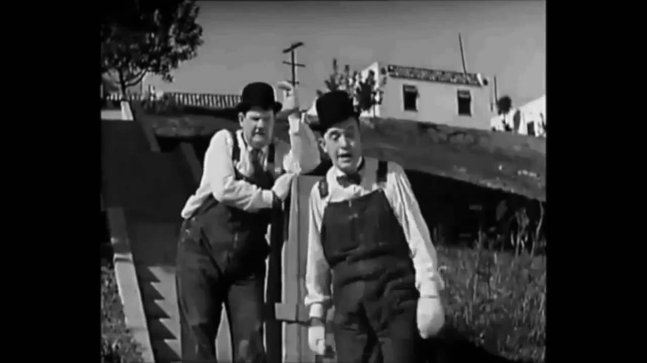 26 Laurel And Hardy Music Box Steps 9716 Youtube