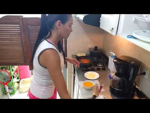 How to cook a colombian traditional breakfast