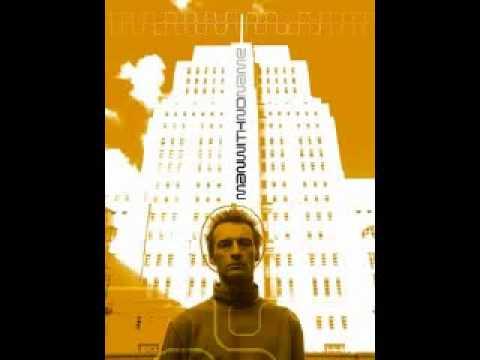 Perfecto Allstarz - Reach Up (Man With No Name Remix)