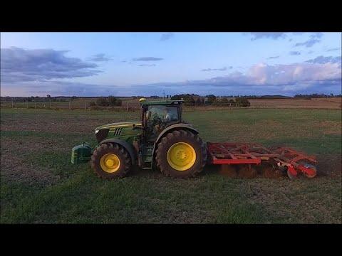 Green Power - John Deere 6215R & Vaderstad Cultus/ Kula