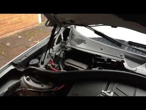 DIY: Replacing cigarette lighter fuse, BMW 1 Series F20 - YouTubeYouTube