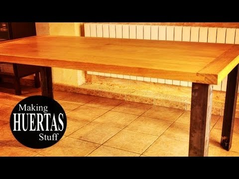 How to make a wooden table