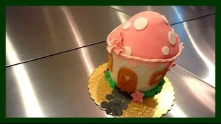 Süße Pilzhäuschen Fondant Torte - Zuckerhäuschen - Fondant Feenhaus - Kuchenfee