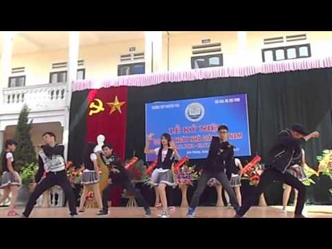 Day by day - Tara [ C10 - Nhảy hiện đại - THPT Nguyễn Trãi]
