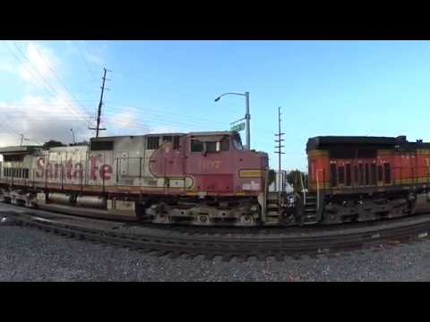 F59PH Metrolink+BNSF Dash9+Santa Fe Dash9 Power Move