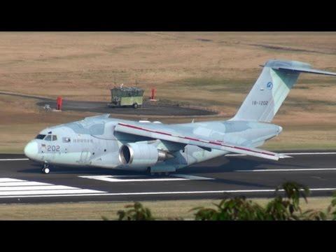岐阜基地XC-2 着陸俯瞰 C-1と大きさ比較