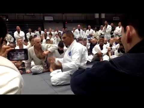 Rickson Gracie Explains Why He Hasn't Been Wearing His Red Belt
