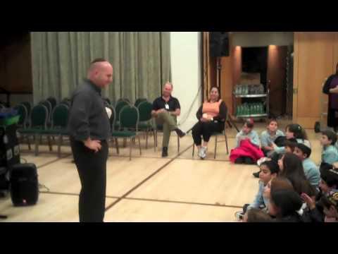 Hebrew at Ramaz Lower School
