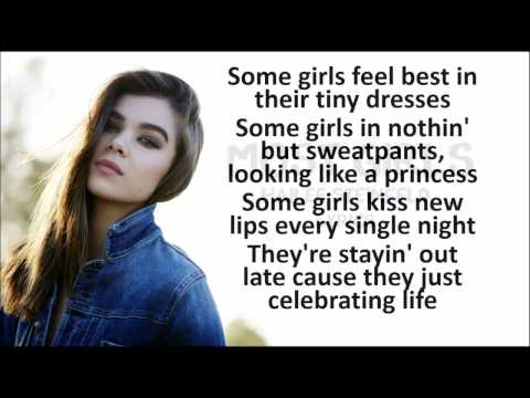 Hailee Steinfeld - Most Girls LYRICS HD