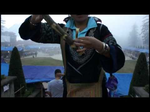 Hmong Sapa Girls   walking around sapa   p1