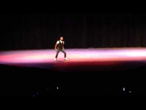 CSU INDIA NITE 2013 - Som's solo with special performance by Nicki.