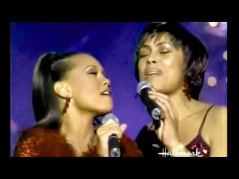 Vanessa Williams in duet - Sleigh Ride (Diva's Christmas Carol)