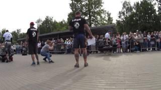 Mad Max Dvoretskiy VS Artem Kobanov. Farmer's walk 2х130 kg.Strongman Open League 16/17. Final