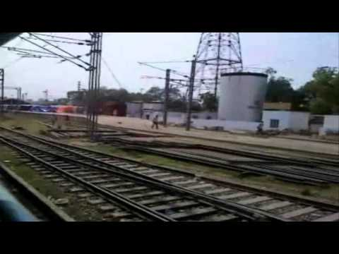 15707 AMRAPALI EXPRESS STARTS FROM CHHAPRA WITH WDP-4