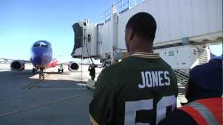 Green Bay Packers Work At Southwest Airlines For A Day
