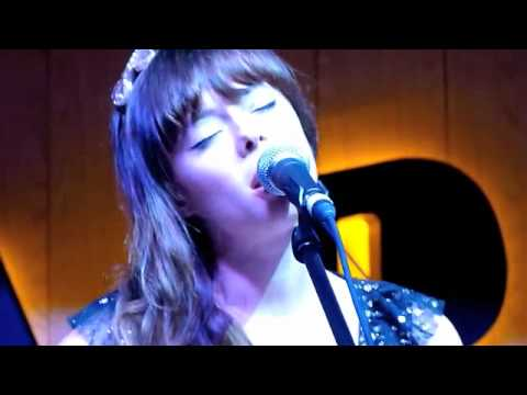 Lenka - Everything At Once (Live)
