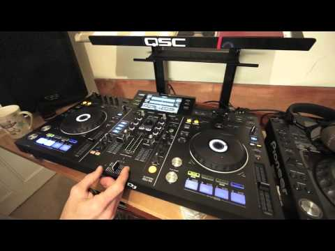 PHRASE MIXING DJ LESSON TO IMPRESS THE MANAGER OF A CLUB