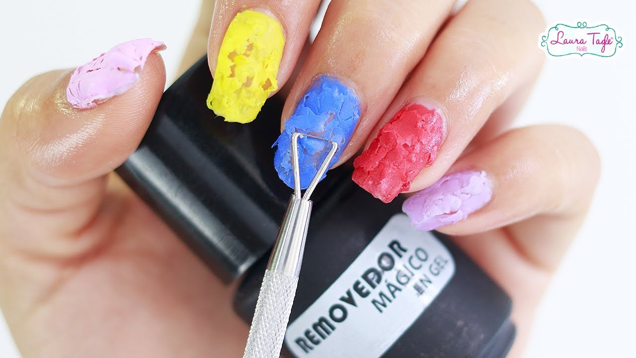 como eliminar esmalte de uñas sin acetona