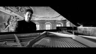 Erik Satie Gymnopédies: 1. Lent et douloureux