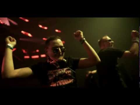 Da Tweekaz ft. Oscar - Break The Spell (Official 4K Video Clip) (HD)