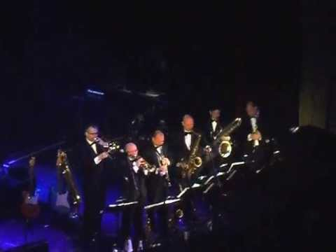BRYAN FERRY Orchestra -The Jazz Age- DO THE STRAND... live @Admiralspalast BERLIN 2013