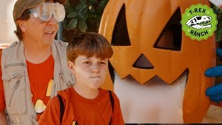 Dinosaur & Halloween Science Experiments - Kids Halloween T-Rex Ranch Videos - Moonbug Superheroes