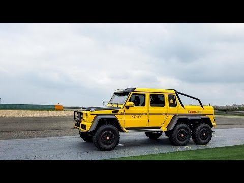 Packing 10 people into a Mercedes 6x6
