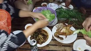 Primitive Family Meal - Baked Chicken And Fried Chicken Feet - Family Dinner