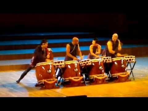 Tambores Japoneses. Taiko. Japan Week en Valencia, España. Японские барабаны. Тайко.