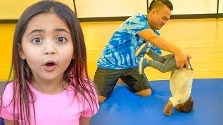 JAYDEN'S FIRST GYMNASTICS CLASS! (SO CUTE!)