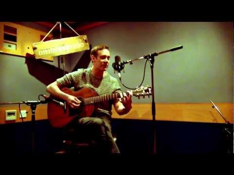 Lux Lisbon - Bullingdon Club (Acoustic Session) | Amazing Radio