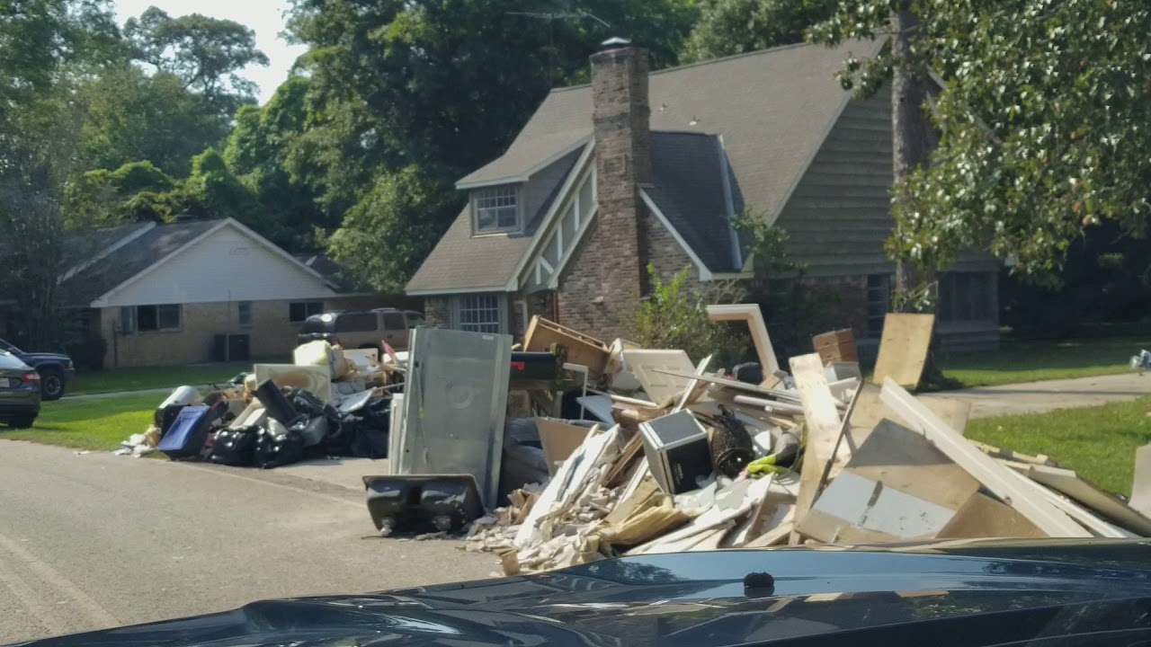 Harvey aftermath in River Plantation Conroe TX | Doovi