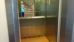 Old Kone roped hydraulic elevator/lift in Kauppakatu 5, Kotka