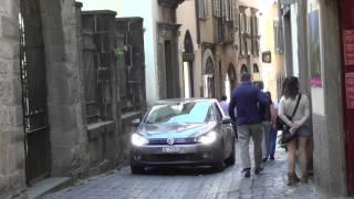 видео Туризм и шопинг в Бергамо