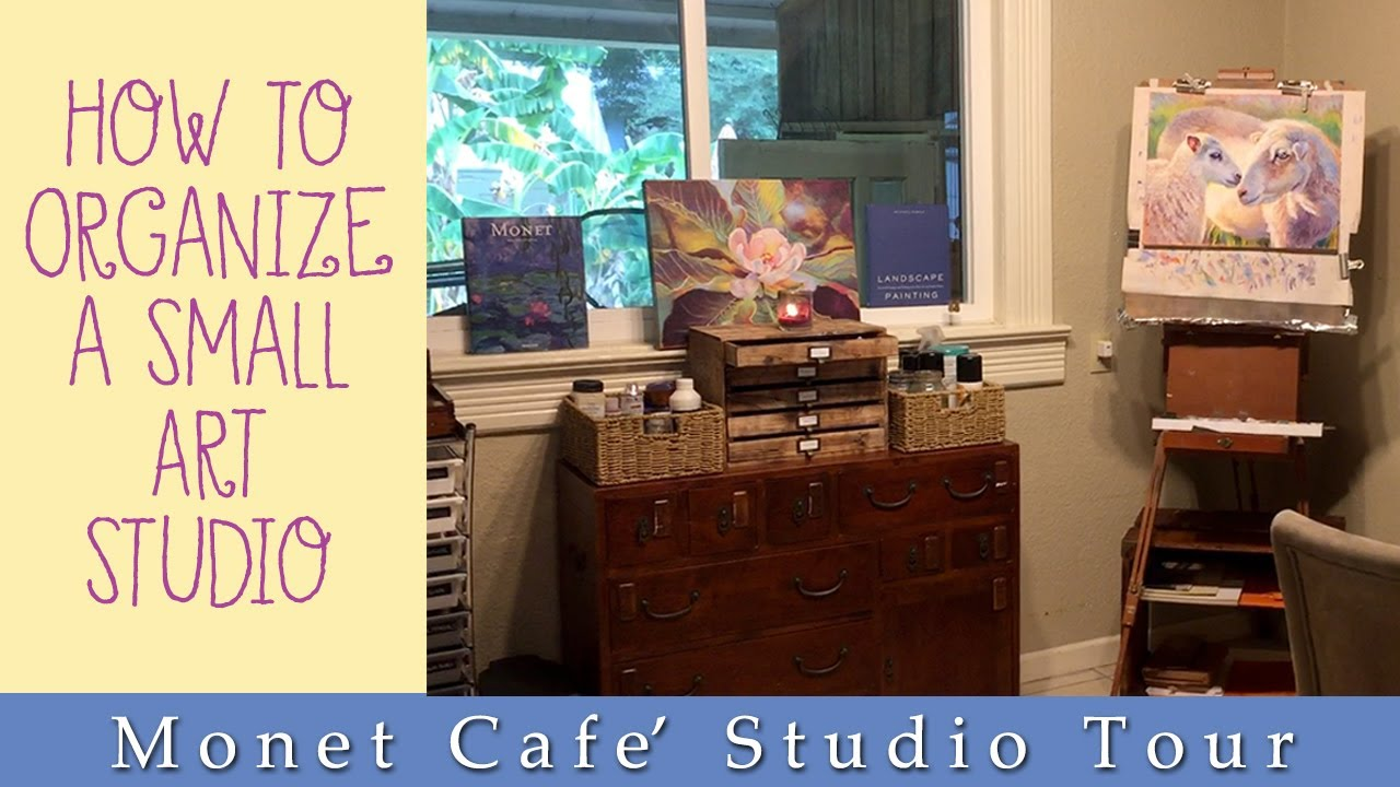 How to organize a small studio space