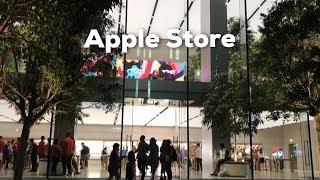 Gambar cover Apple Store in Singapore